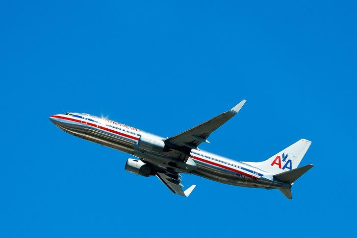 Фото №2 - Цвета в небе: зачем, как и в какие цвета красят самолеты