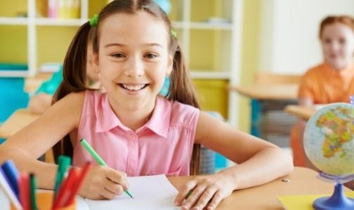 Фото №1 - Роскачество: Школьная форма становится безопаснее и качественнее