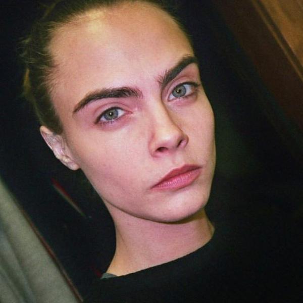 Фото №3 - 20 знаменитостей, которые невероятно круто выглядят без макияжа