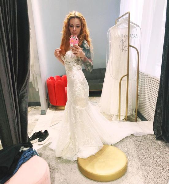 Фото №2 - Женя Огурцова призналась, что симулировала беременность, чтобы поскорее выйти замуж