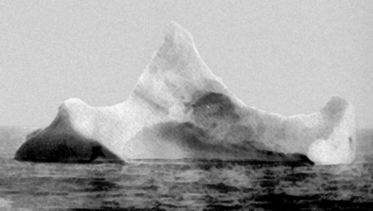 Фото №1 - Фотография якобы того самого айсберга, потопившего «Титаник»