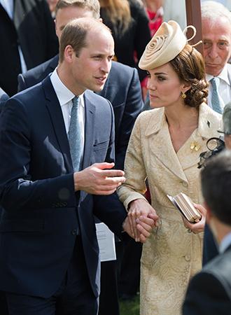 Фото №12 - Язык королевского тела: почему Уильям и Кэтрин не показывают чувства как Гарри и Меган