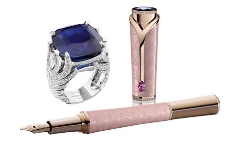 Ручка из коллекции Princesse Grace de Monaco, Montblanc; кольцо, Van Cleef & Arpels
