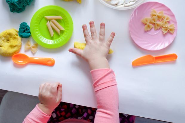 Фото №6 - Развиваем малыша: простые занятия на мелкую моторику и пальчиковые игры