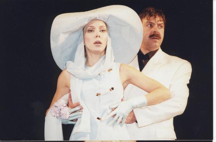 С Андреем Ургантом в спектакле «Приглашение в замок». 1996 год