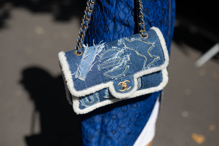 Фото №1 - Как одеться в стиле Chanel по доступной цене