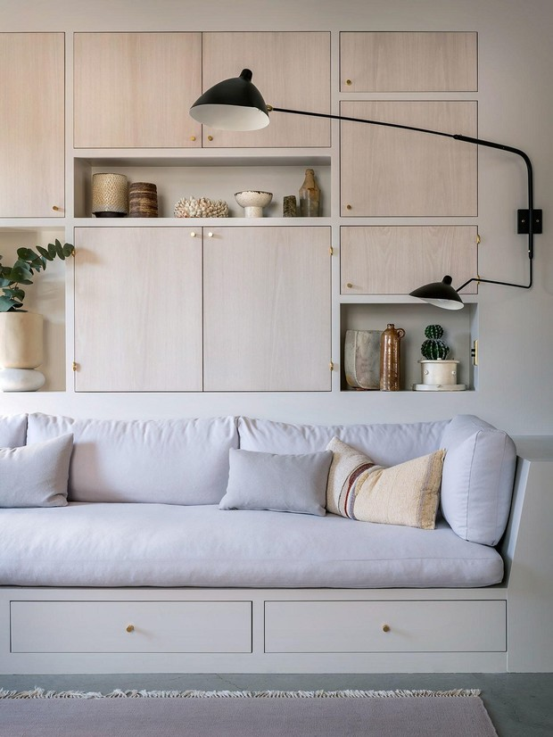 Фото №7 - Чем украсить стену за диваном: 8 идей