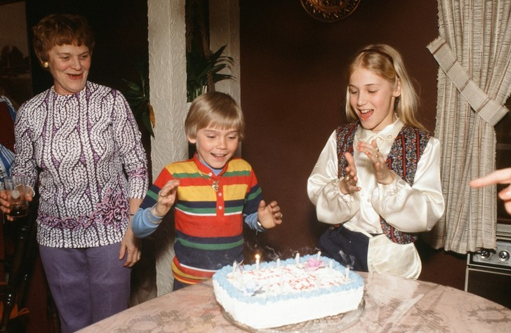 Фото №1 - Как дети относятся к празднованию дня рождения