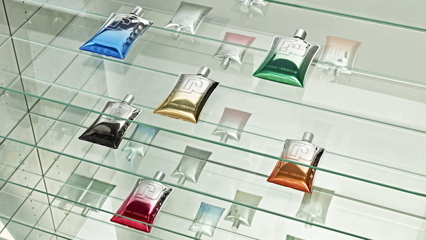 Фото №2 - Выбираем по одежке: рейтинг самых эффектных парфюмерных флаконов