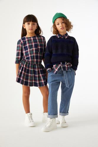 Фото №4 - Как собрать ребенка в школу: стильные образы из коллекции United Colors of Benetton