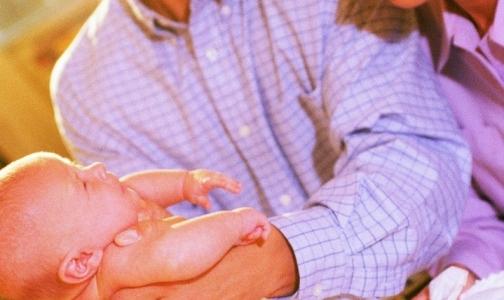 Фото №1 - Роспотребнадзор запретил диабетикам и гипертоникам жить с приемными детьми