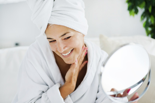 первые признаки старения кожи лица у женщин как бороться, что делать советы косметолога
