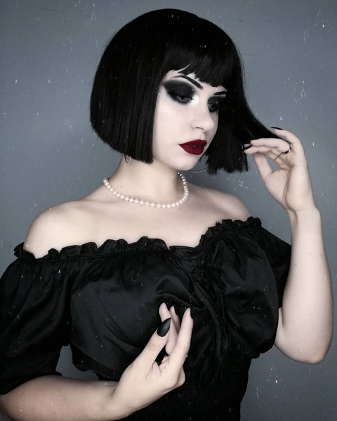 Фото №4 - I'm a bad girl: 10 мейк-апов для самых дерзких девчонок