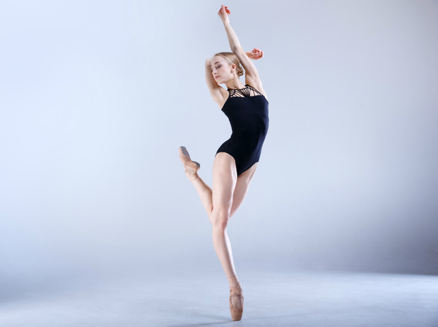 Фото №1 - Как балет может заменить фитнес и почему его стоит попробовать даже новичкам