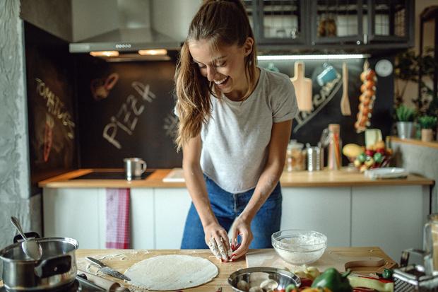 Из чего можно дешево сделать фартук для кухни, кроме плитки