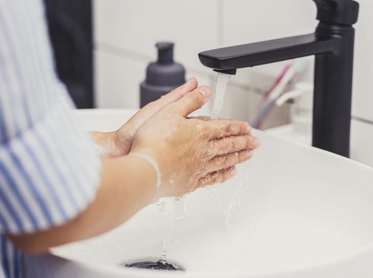 Фото №3 - С чистого листа: как правильно ухаживать за кожей после душа