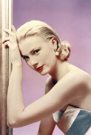 Фото №12 - Гардероб принцессы Монако: секреты безупречного стиля Грейс Келли