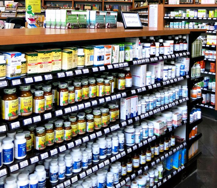 Фото №6 - Вгастрономили в аптеку? 8 мифов о витаминах