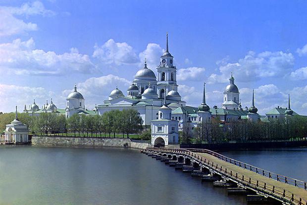 Фото №5 - Гляжусь в озера синие: 5 озер России, где стоит провести отпуск