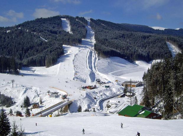 Фото №13 - Где этой зимой искать снег, если хочется покататься на лыжах (в России)