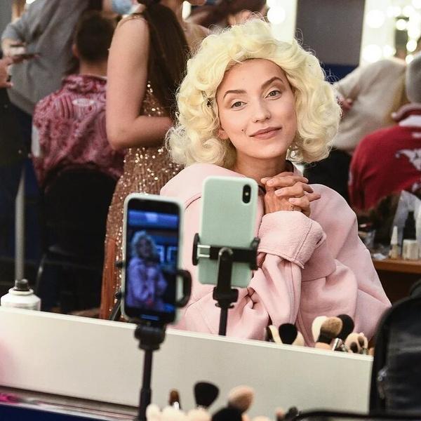 Идет или нет: Регина Тодоренко в образе Мэрилин Монро