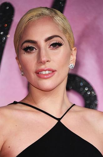 Фото №38 - Как хорошела Леди Гага: все о громких бьюти-экспериментах звезды