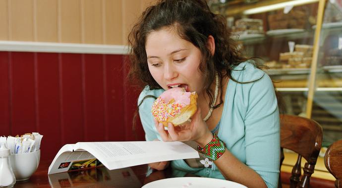 Скандал с пончиками: почему бодишейминг вреднее сладкого