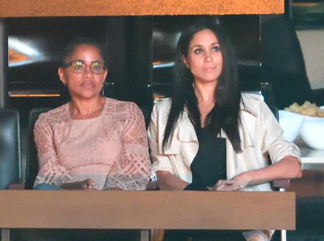 Фото №8 - Почему семью Меган Маркл сравнивают с героями «Аббатства Даунтон»