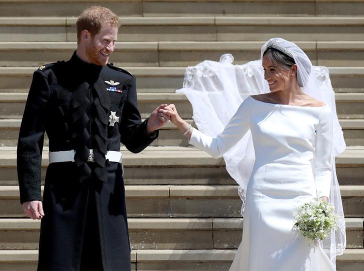 Фото №5 - Почему свадебное платье Меган Маркл было таким скромным (на самом деле)