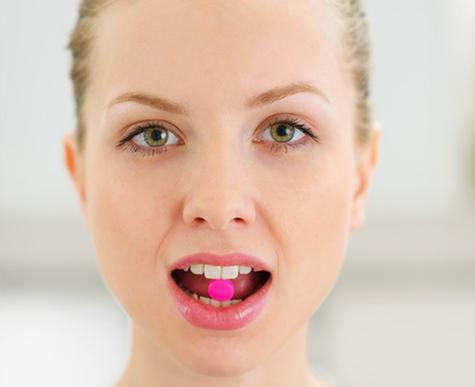 Фото №2 - Сигнал тревоги: почему выпадают брови