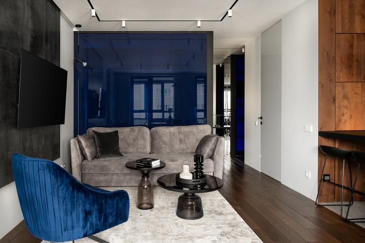 Фото №6 - Современная квартира в темных тонах 103 м²