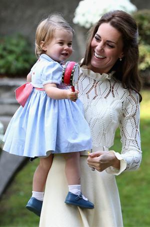 Фото №19 - Гардероб королевских малышей: как одевают детей в британской монаршей семье