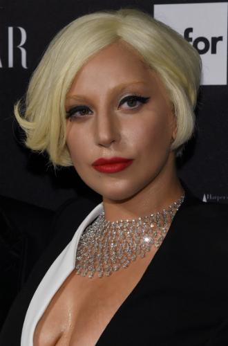 Фото №27 - Как хорошела Леди Гага: все о громких бьюти-экспериментах звезды
