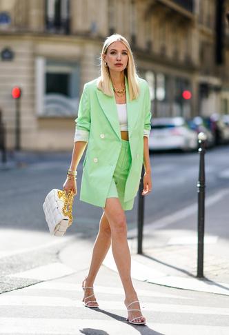 Фото №48 - Самые модные босоножки и сандалии лета 2021