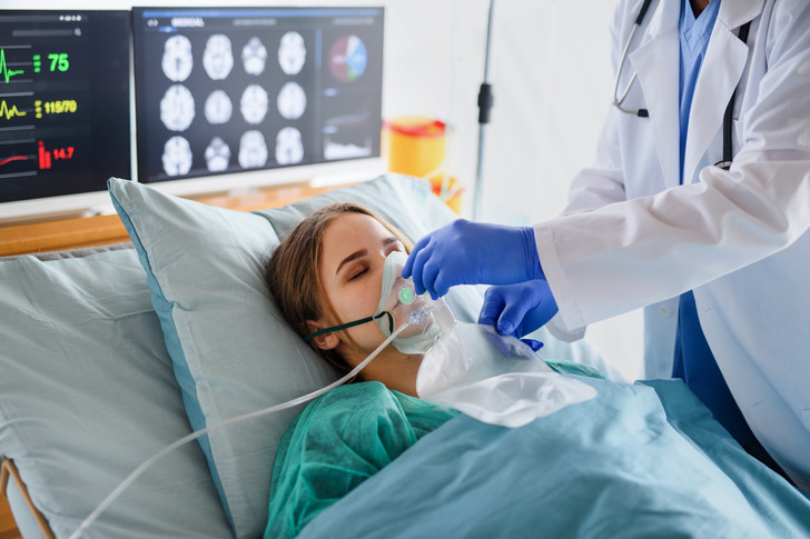 Молодые пациенты тяжело болеют ковид