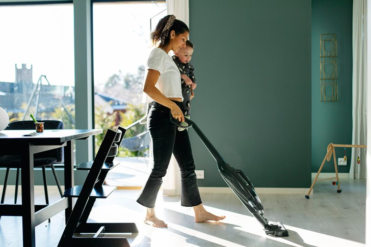 Фото №1 - 10 бесполезных вещей, которые уже сейчас нужно перестать делать по дому