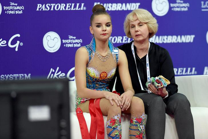 Фото №6 - Хотели уйти из спорта в 13 лет: как Винер спасла карьеру звезд гимнастики сестер Авериных