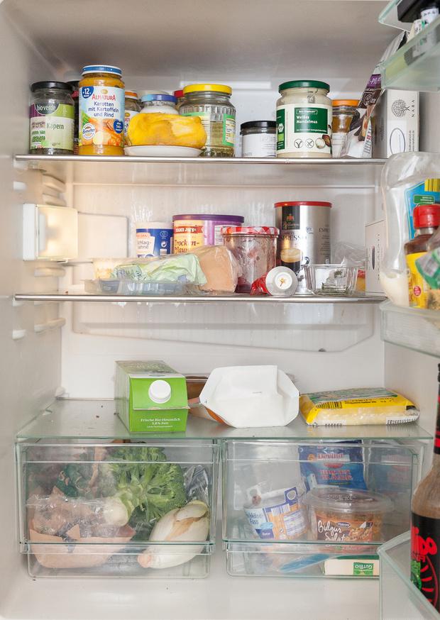 Фото №2 - Что лежит в холодильнике у жителей разных стран: 54 любознательных фото