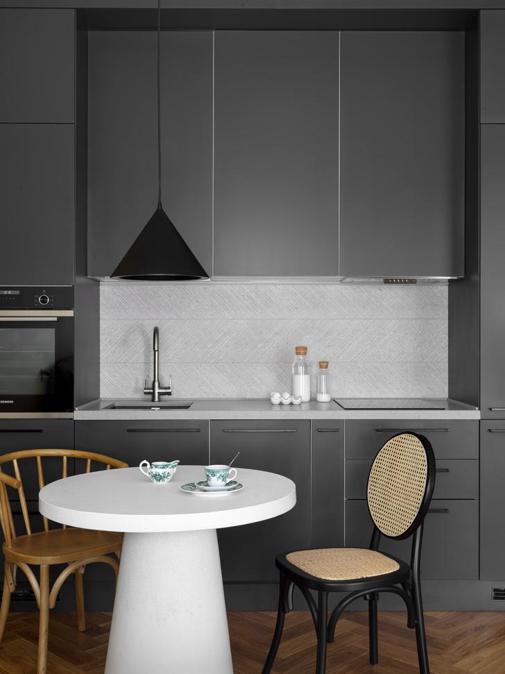 Фото №3 - Умная планировка для маленькой кухни: 5 советов