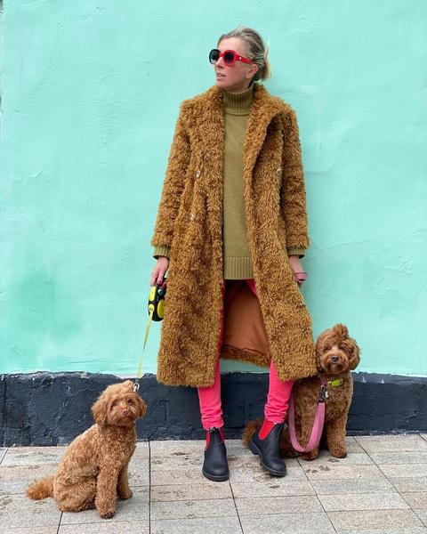 Светлана Бондарчук устроила family look со своими собаками: фото, муж, инстаграм