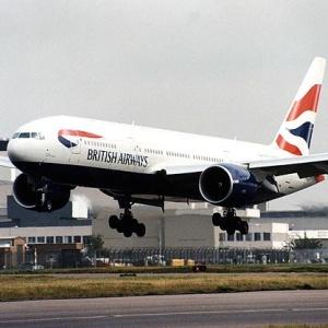 Фото №1 - В Хитроу отменены более 200 рейсов