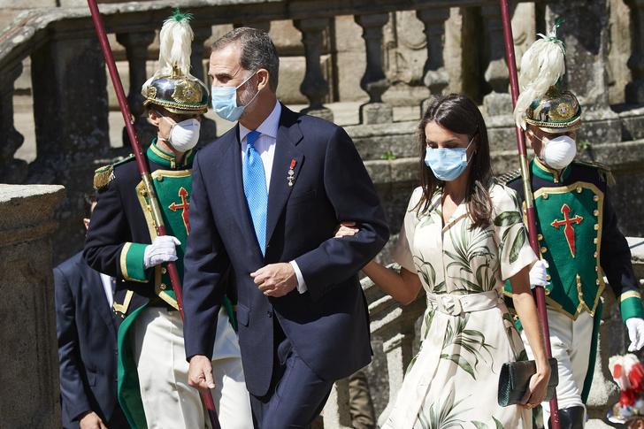 Фото №4 - Почему Филипп и Летиция могут стать последней королевской парой Испании