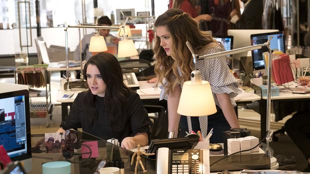 прически для офиса на средние длинные волосы своими руками фото примеры пошаговая инструкция 2020