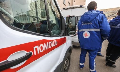 Фото №1 - Полицейские задержали петербуржца, угрожавшего убить водителя «скорой»