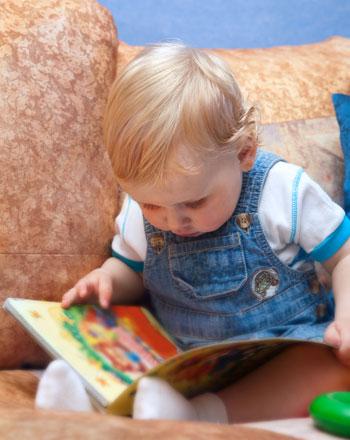 Фото №2 - Зачем ребенок портит книги?