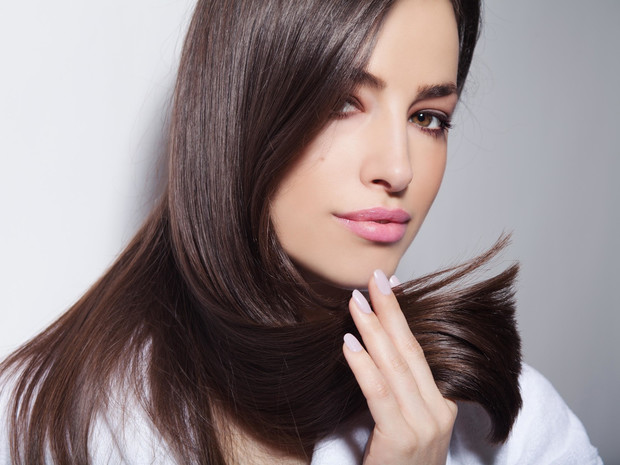 Фото №1 - Маски для волос: какими они бывают, и как выбрать ту, что подходит именно вам