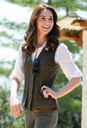 Фото №19 - Бунтарки: как королевские особы носят кожаные вещи