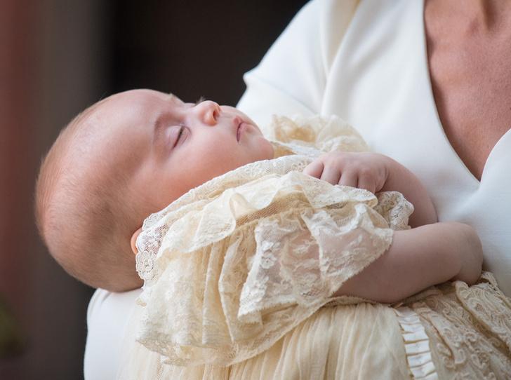 Фото №4 - Самые трогательные моменты крестин детей герцогов Кембриджских