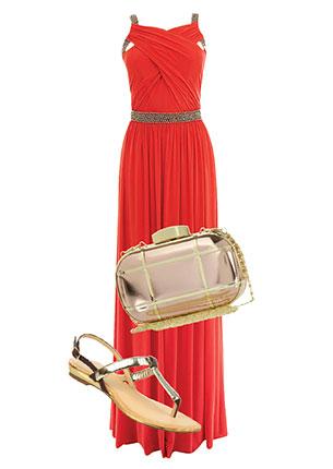 Платье, Coast, 10 290 руб.; клатч, River Island, 2399 руб.; сандалии, Bétsy, yyees.com, 1390 руб.