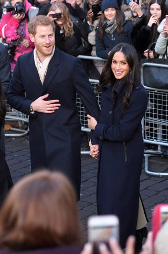 Фото №5 - Читаем по рукам: что говорят о Меган, Кейт и других королевских особах их руки